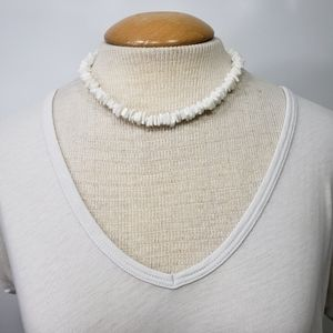 Shell Chip Necklace